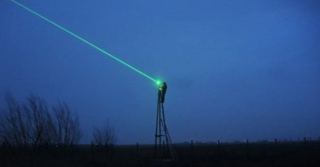 The bird scare laser in action